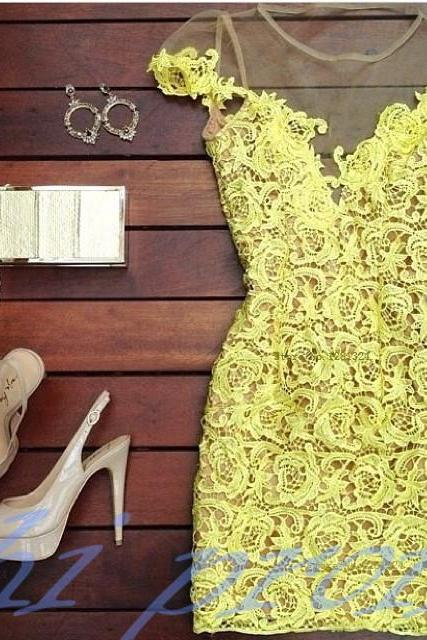 Lace Homecoming Dress,Yellow Homecoming Dress,Sexy Homecoming Dress,Lace Evening Dress,Short Prom Dress,Elegant Homecoming Gowns,Sweet 16 Dress,Simple Homecoming Dress,Casual Parties Gowns With Cap Sleeves