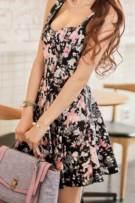 HOT CUTE FLORAL STRAPS DRESS