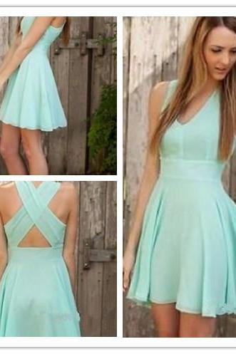 Modest 2016 Homecoming Dresses ,Deep V Neck Cross Criss Straps Homecoming Dresses,Mini Short Cocktail Gowns Sweet Pleat Homecoming Dresses ,Custom Made