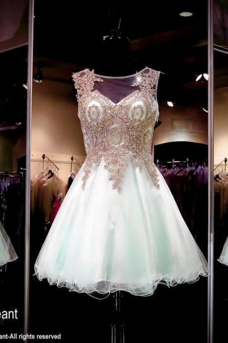 Short A Line Homecoming Dresses Sheer Jewel Neck Beaded Crystals Lace Appliques Illusion Mini Party Prom Graduation Ready to Wear Gowns