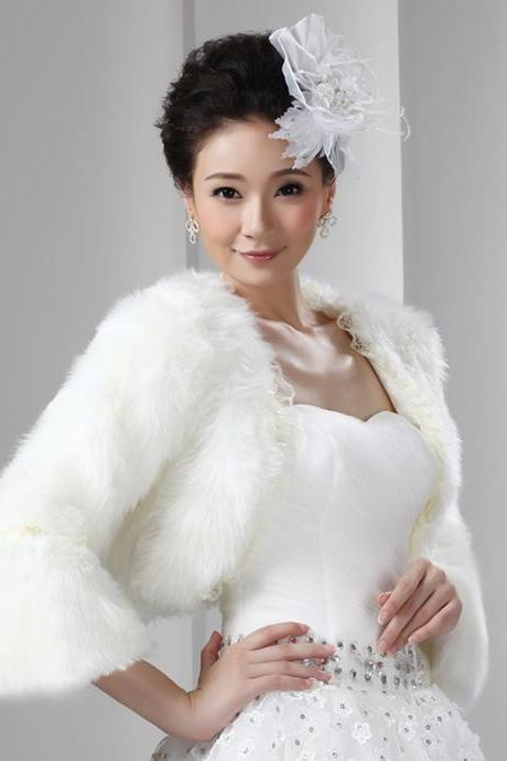 White Artificial Fur Short Bolero With Long Sleeves Bridal Fur Jacket Short Women Winter Wedding Coat Wrap