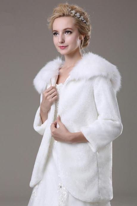 White Artificial Fur Jacket With Long Sleeves Women Faux Fur Winter Coat