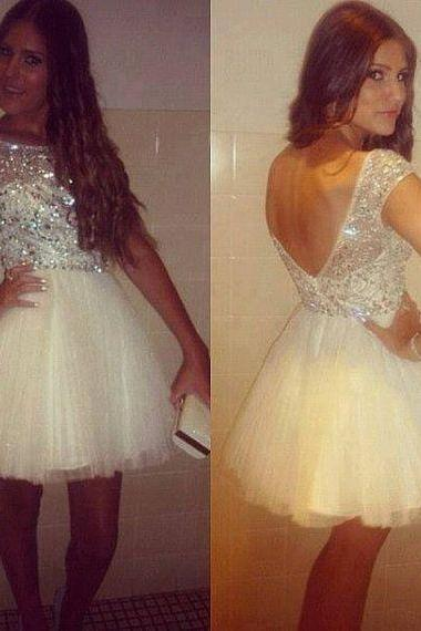 Backless Beading Homecoming Dresses O-Neck Graduation Dresses Homecoming Dress Short/Mini Tulle Homecoming Dress