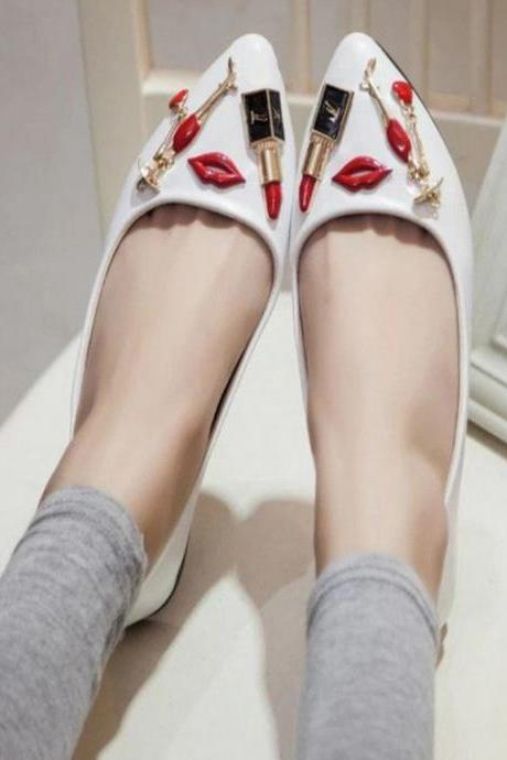 Cosmetics Design Slip On Decorated Vamp Flat Shoes