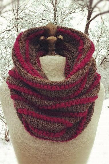 Alpaca Wool Texture Striped Cowl - Taupe and Magenta