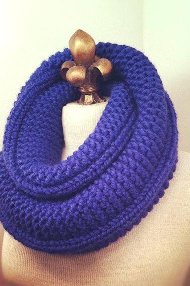 Chunky Infinity Scarf Cowl - Iris - MADE TO ORDER