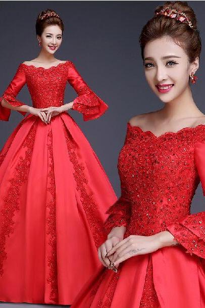 Vintage Red Wedding Dress Ball Gown With Long Sleeves Boat Neck Appliqued Satin Bride Dress Lace-up Closure