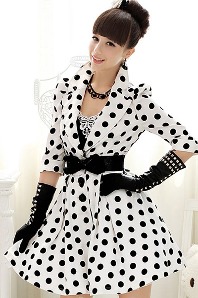 2015 Vintage Style Polka Dotted White Coat