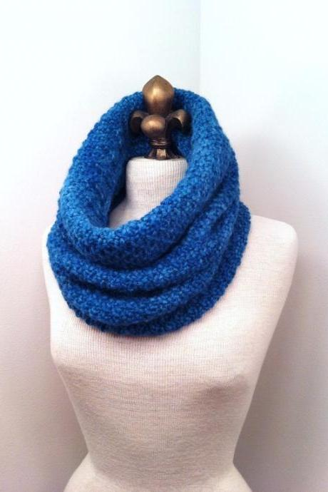 Baby Alpaca Cowl - Watercolor Blue