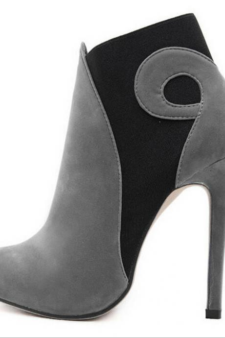 Fashionable high-heeled boots 6084905