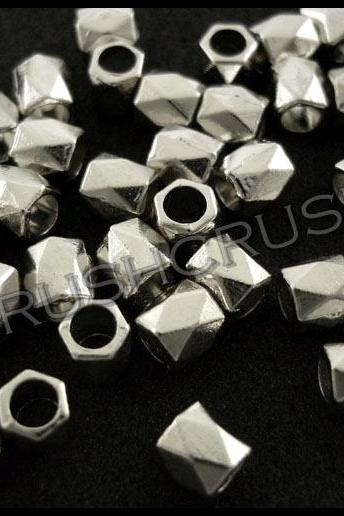 90pcs 4mm Silver Metal Faceted Tube Spacer Beads Jewelry Findings F622