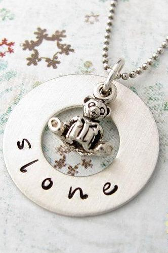 Personalized mothers necklace: teddy bear charm with handstamped name on washer