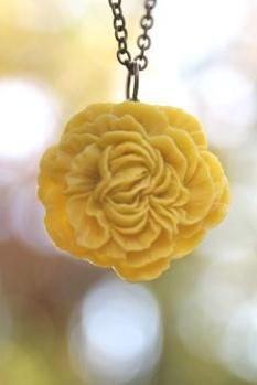 Mustard Yellow Peony Flower Necklace // Bridesmaid Gifts // Bridesmaid Necklaces // Country Vintage Wedding // Maid of Honor Gifts
