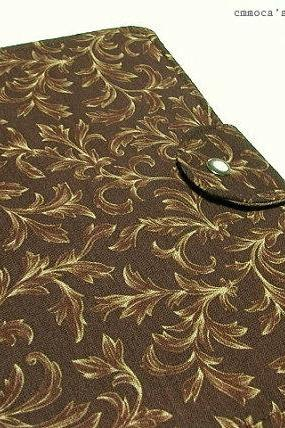 Daily Organizer - Antique Brown Paisley with two padded pockets