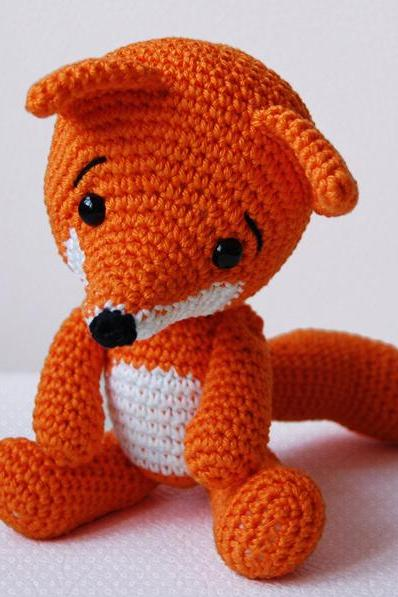 Amigurumi Pattern - Lisa the Fox