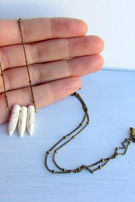 White spike Howlite stone Long necklace with antique brass plated ball chain, boho fashion, autumn fashion, fall fashion.