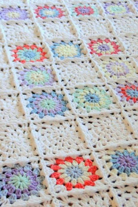 Lacy Squares Baby Blanket / Lap Blanket