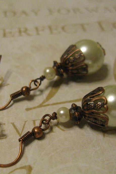 Gorgeous Ivory Pearl with Copper Earrings Item 203