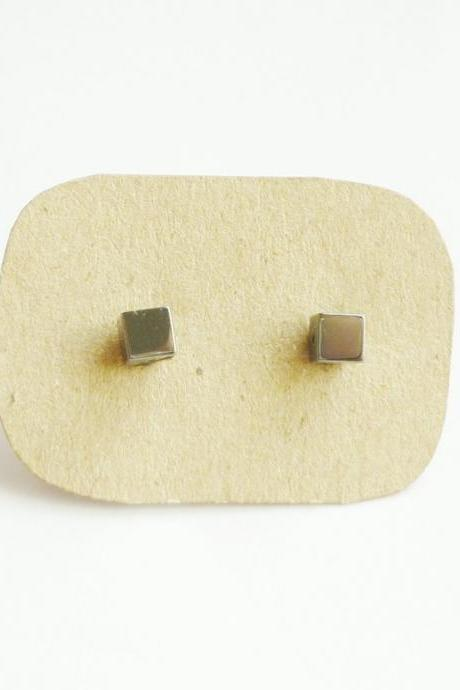 Gun Metal Cubic Cube Stud Earrings/Ear Post - Gift under 10 - 4 mm - Men Jewelry - Unisex