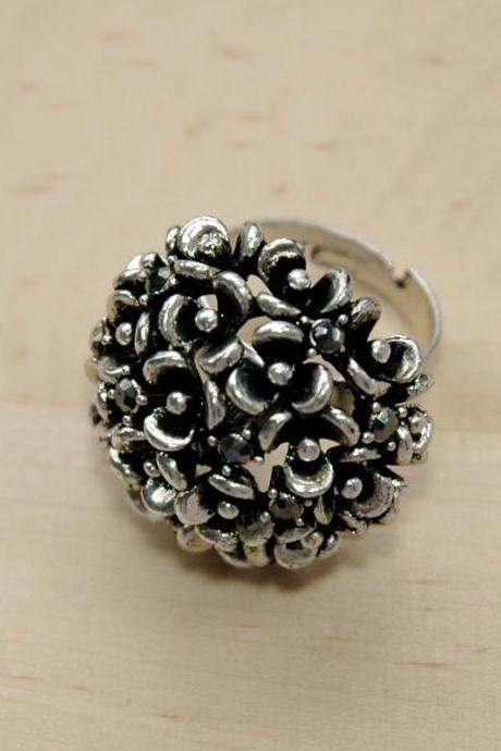 Mini Flower Garden Ring - Silver Plated Rhinestone