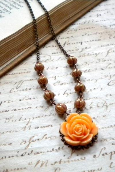 Flower Necklace - Vintage Necklace - Choker Necklace