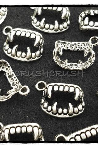 20pcs Antique Silver Vampire Teeth Fangs Twilight Charms Pendants PND-316