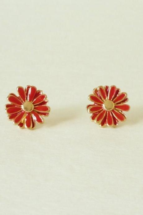on SALE - Lovely Red Daisy Stud Earrings - Gift under 10