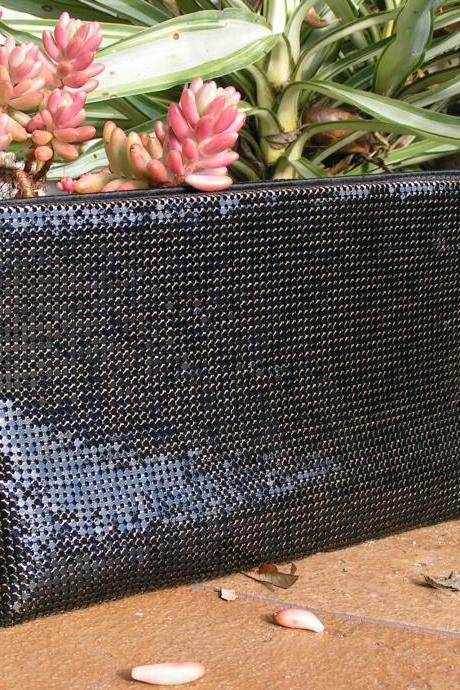 Clutch Black and Gold Mesh Whiting & Davis Co. Bags