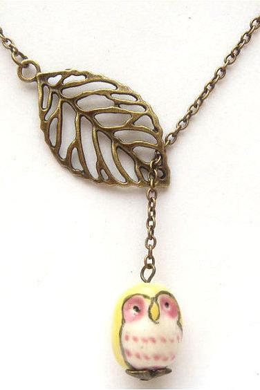 Antiqued Brass Leaf Yellow Owl Necklace