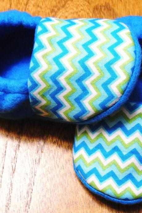 Blue Chevron Fleece Baby Booties