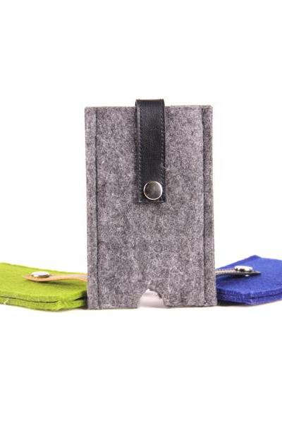 Felt iPhone Case - Grey