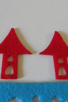 Little huts - Red Felt
