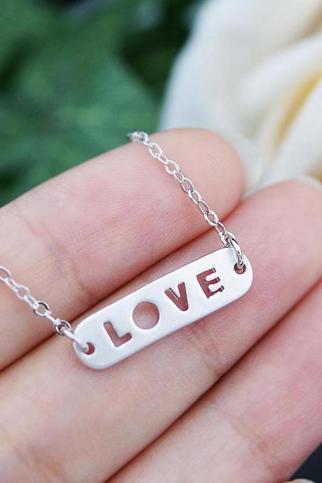 L.O.V.E - Mini petite Love charm Necklace