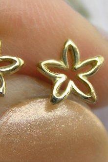 Solid Gold Flower Stud Earrings - Dainty Flower Studs - Small Flower Earrings - 14k Gold
