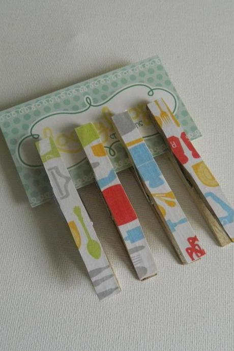 Set of 4 Kitchen Print Clothespin Magnets