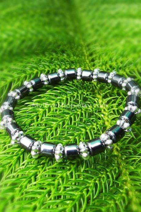 Hematite stretch bracelet - bridal charming accessories