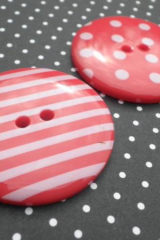 Pair of 34mm RED Spot & Stripe Buttons