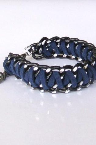 Midnight Blue Braided Chain Bracelet, Braided Cuff Bracelet, Black Chunky Chain and Fiber in Navy blue