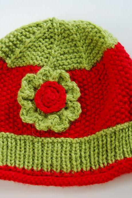 Handmade knit hat for girls ages 3-6Y red green christmas holiday soft not-itchy