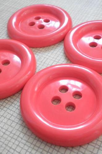 4X RED 5cm Jumbo Fun Buttons