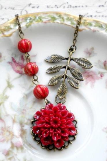Red Flower Necklace - Leaf Pendant - Christmas Necklace