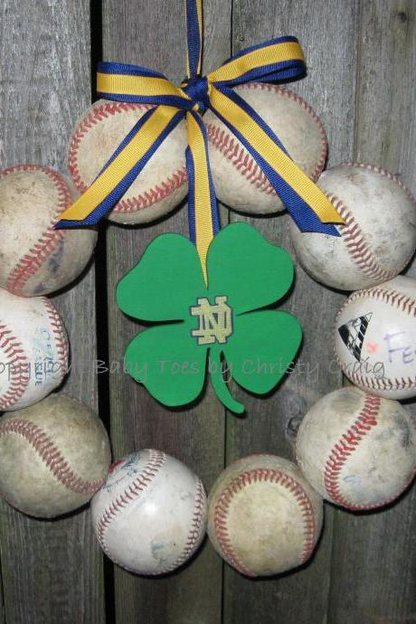 Fightin' Irish Baseball Love Wreath