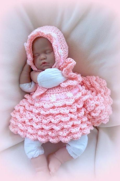 Peaches and Cream 0 to 6 Months gorgeous couture baby girl dress and bonnet