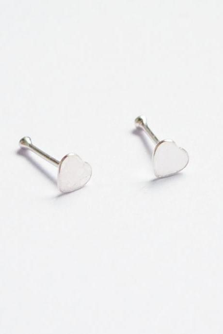 Silver Flat Heart Ear Studs/Nose Ear Stud - 925 Sterling Silver Earrings - 1 Pair - Nose Piercing - 3 mm - Gift under 10