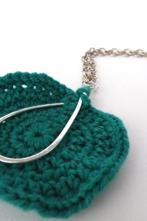 Long Pendant Necklace. Oval Hammered Aluminum. Emerald Green Crochet Woollen Disc. Handmade. All Occasions. Handmade.