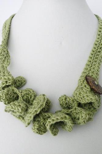 Crochet Necklace. Mint Green. French Eco Cotton.Wavy. Coconut Button. Spring Summer Fashion Handmade by SteamyLab.