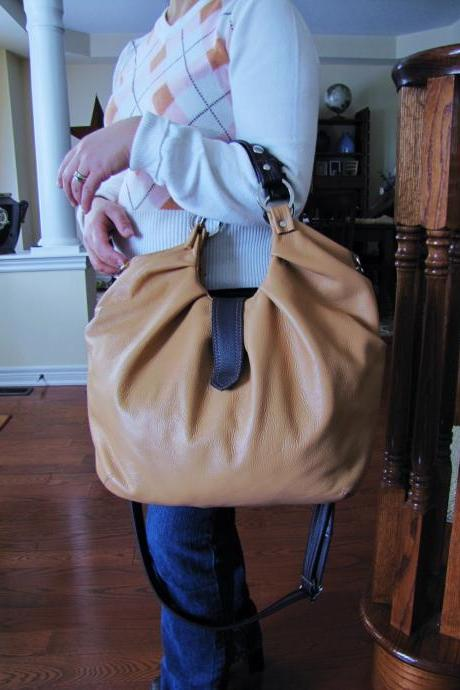 Large leather satchel Boston bag - Vanilla with brown