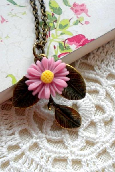 Leaf Necklace - Sun Flower Necklace - Vintage Pink Necklace