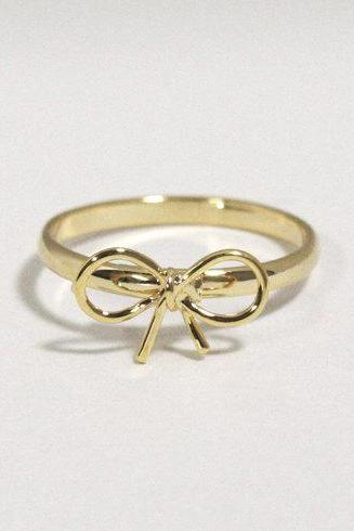 Tiny bow adjustable ring in gold, everyday jewelry, delicate minimal jewelry