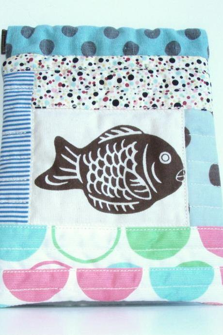 Patchwork fish purse - flexible opening